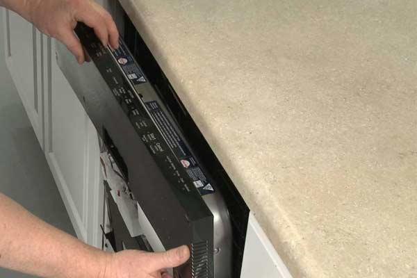 چطور پنل کنترل ماشین ظرفشویی را تعمیر کنیم