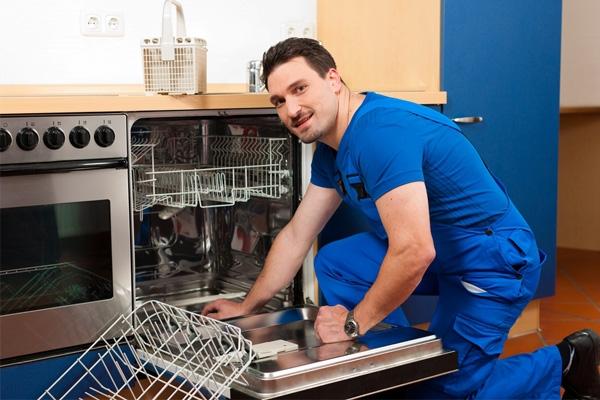 15 مورد از مشکلاتی که برای ماشین ظرفشویی به وجود میآید (بخش اول)